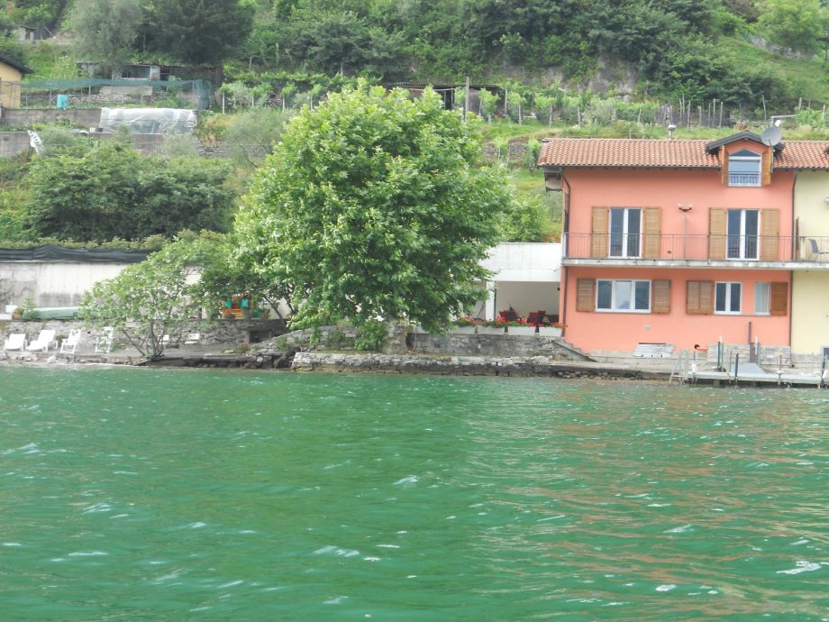 Villa l'approdo, composed of 2 separate apartments