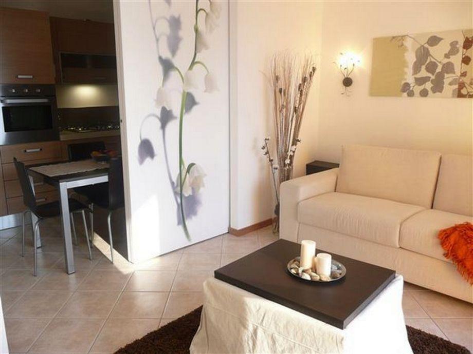 ferienwohnung vista d 39 oro ulivo apt 10 96 varenna perledo comer see lombardei italien. Black Bedroom Furniture Sets. Home Design Ideas