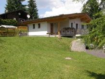 Alpine hut Paulis Hütte