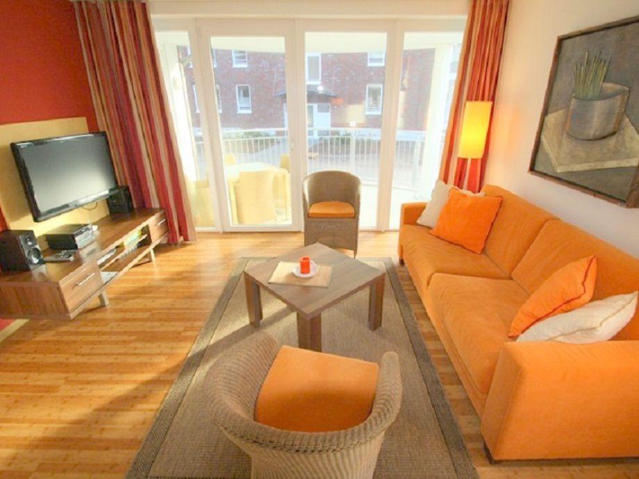 Wohnraum mit bequemer Doppelbettcouch