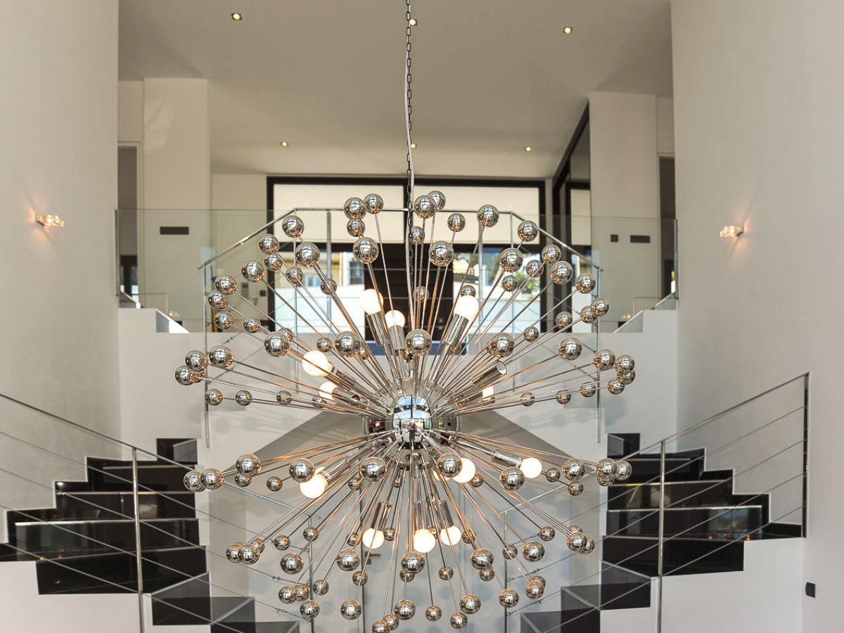 Villa luxus pur id 2625 illetas firma mallorca ferienwohnungen ug haftungsbeschr nkt co - Moderne kronleuchter ...