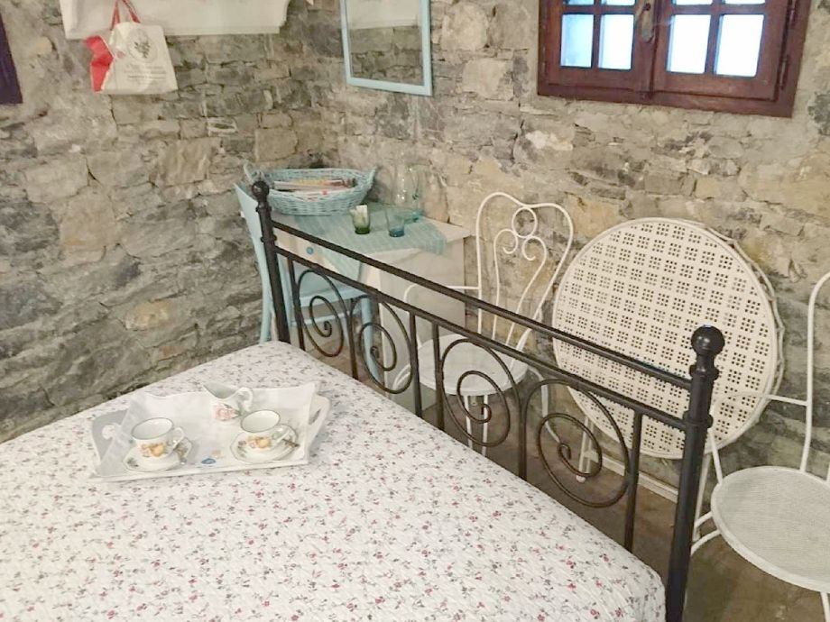 ferienhaus casa romantica ligurien alassio firma. Black Bedroom Furniture Sets. Home Design Ideas