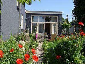 Ferienhaus De Bron