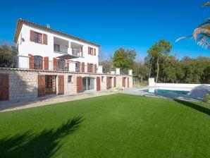 Villa Devinson