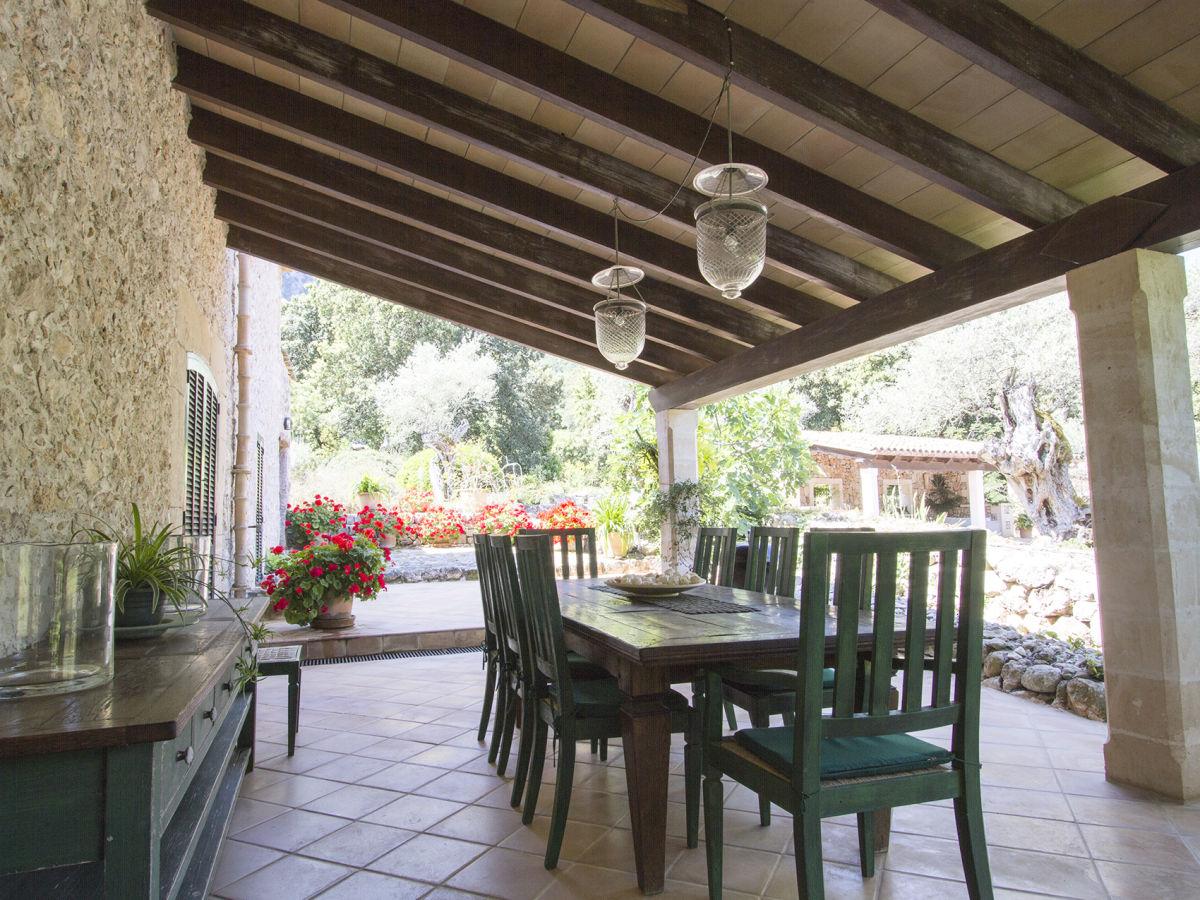 landhaus es clotal pollensa firma prestige villas. Black Bedroom Furniture Sets. Home Design Ideas