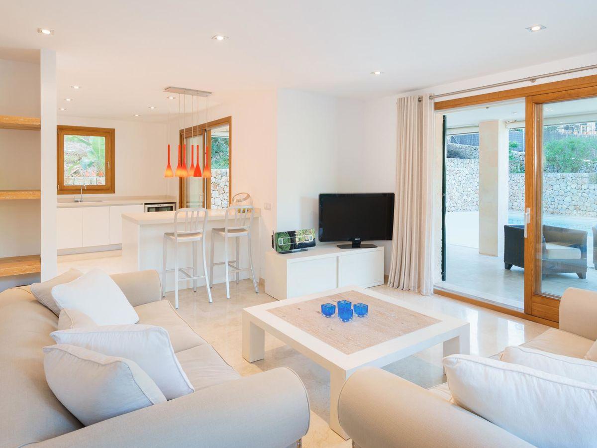 villa can menut nou pollensa mallorca firma prestige. Black Bedroom Furniture Sets. Home Design Ideas