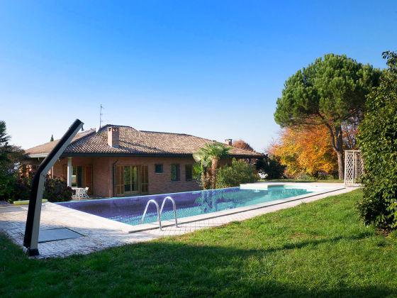 Villa campagna italien piemonte lago maggiore ispra for Costruisci la tua casa in california