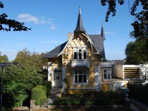 Ferienwohnung Gelbe Villa am Museumsberg - EG