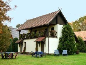 Ferienhaus Doppelhaushälfte in Burg