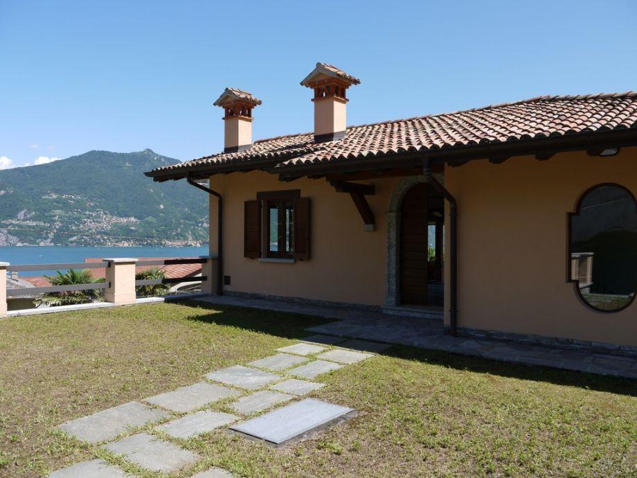 Villa Mimos - lakeview villa