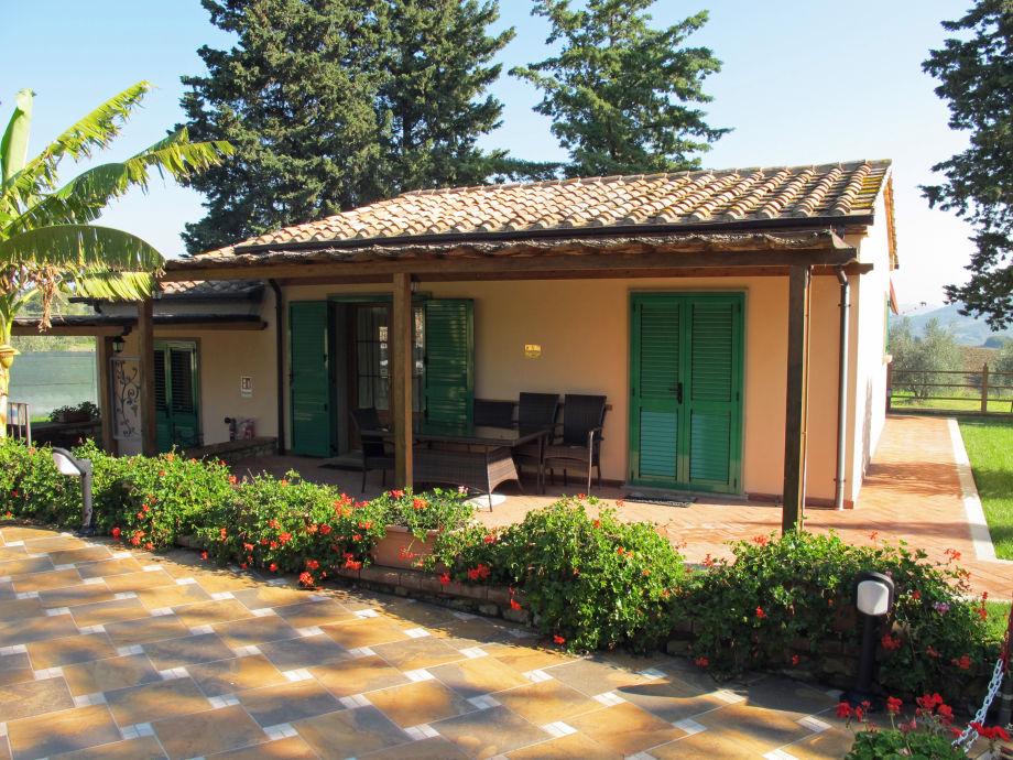 Ferienhaus Casa Laura mit Terrasse
