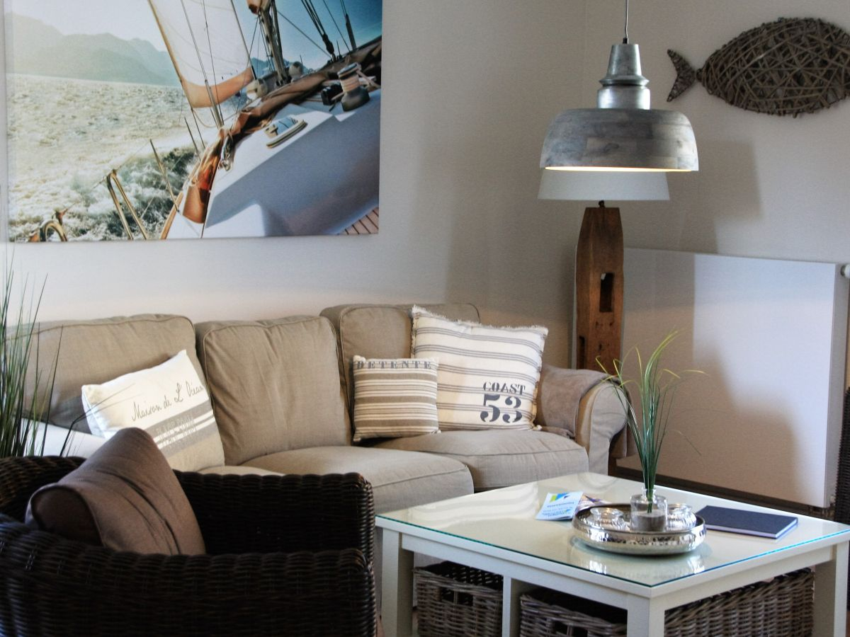 ferienwohnung regatta 69 kieler bucht frau claudia. Black Bedroom Furniture Sets. Home Design Ideas