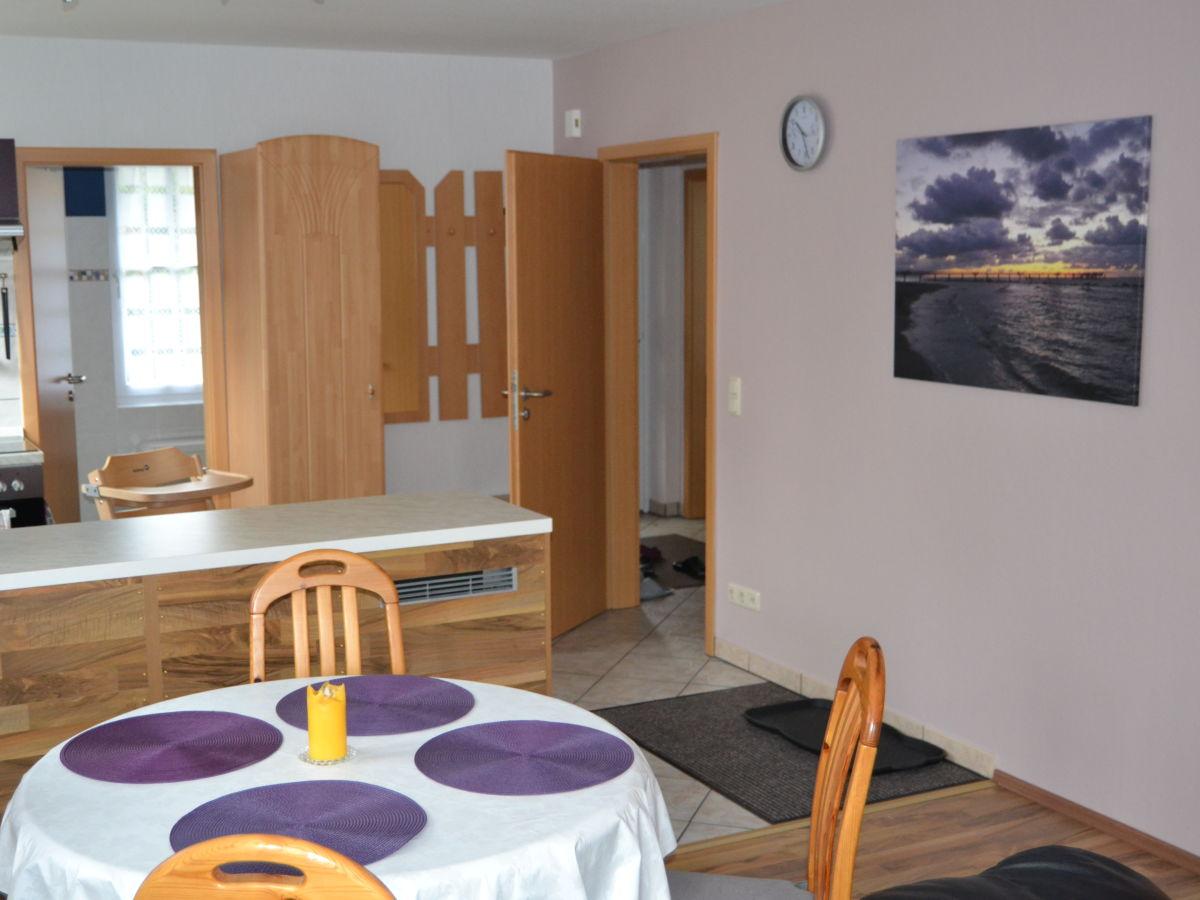 ferienwohnung heinz im haus boddenwald fischland darss ostsee herr arne stahl. Black Bedroom Furniture Sets. Home Design Ideas