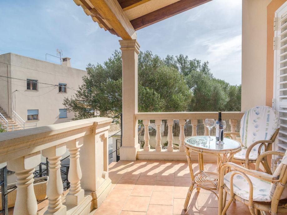 Esstisch Tischtennis ~ Villa Cap Roig, Mallorca, Portocolom  Firma Villafinca