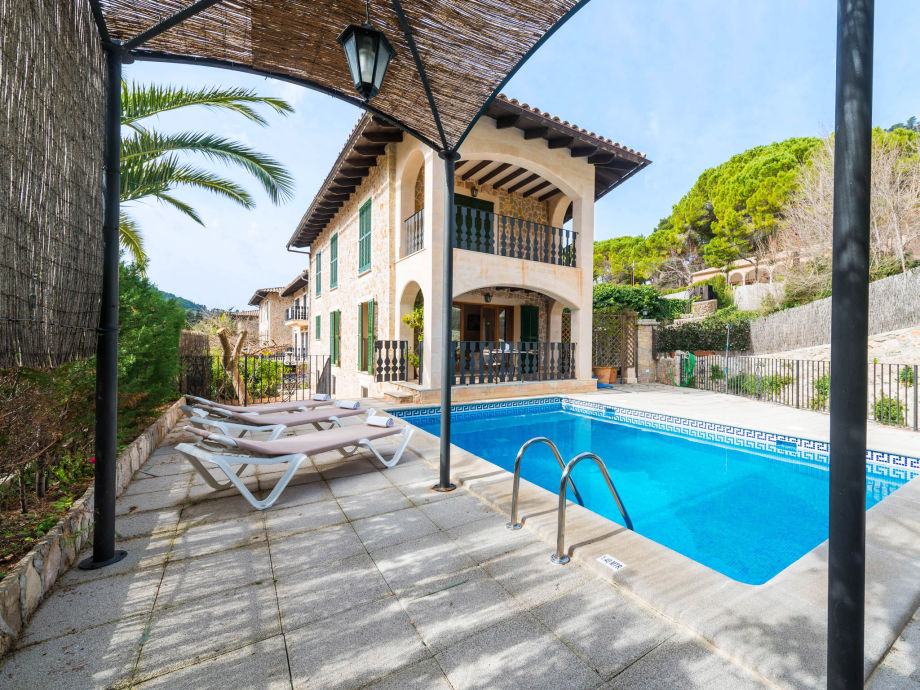Villa Sampol mit Pool