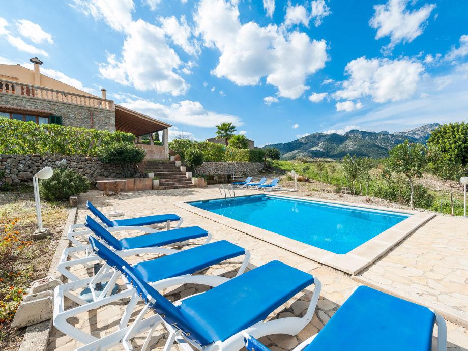 Villa Cantabou mit Pool