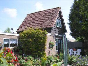 Renoviertes Ferienhaus (AL043)