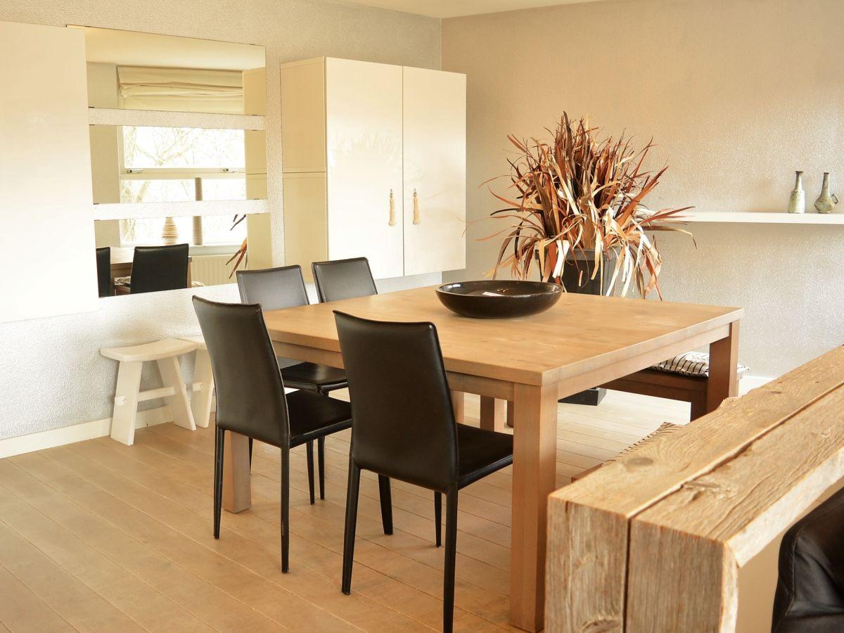 Modernes design apartment in bester lage dsw84 domburg for Essecke design