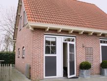 Gemütliches Ferienhaus in Meeresnähe(OSA17)