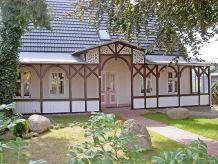 Ferienwohnung Alte Büdnerei  F 550 WG 1 im EG mit Terrasse + Garten