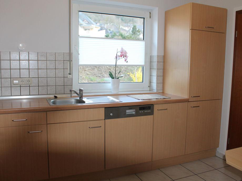 ferienwohnung lilie balkon und moselblick mosel firma werbeagentur nachtsheim herr ulrich. Black Bedroom Furniture Sets. Home Design Ideas