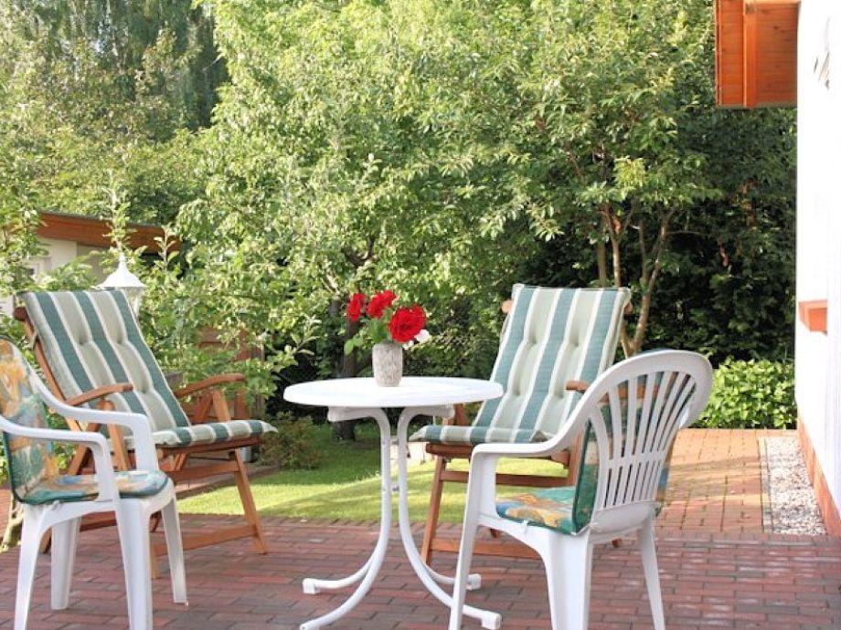 Kleine Terrasse vor der Ferienwohnung