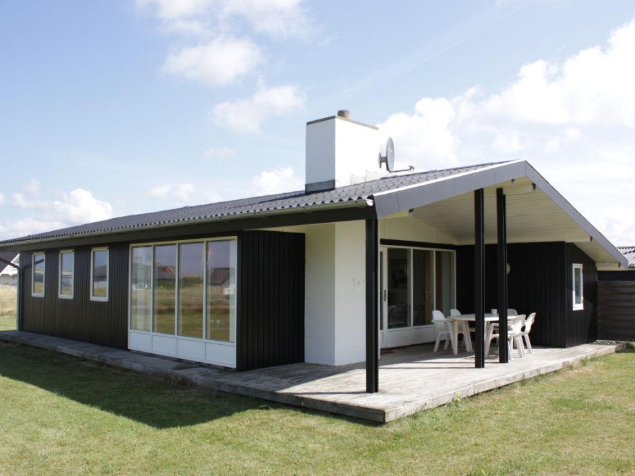 Das Ferienhaus liegt im Lee aber nur 100 m zum Nordsee