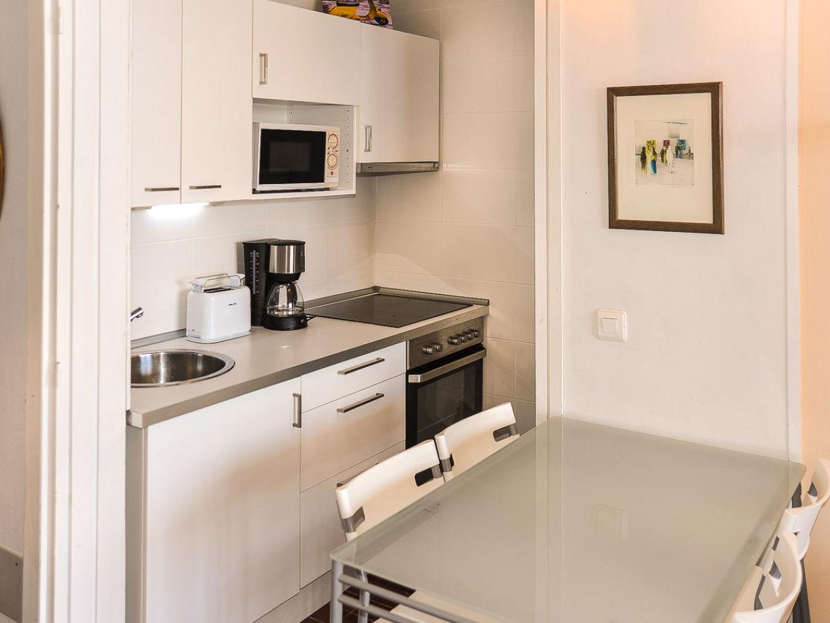 ferienwohnung 1 meereslinie id 2309 mallorca s den paguera firma mallorca ferienwohnungen. Black Bedroom Furniture Sets. Home Design Ideas