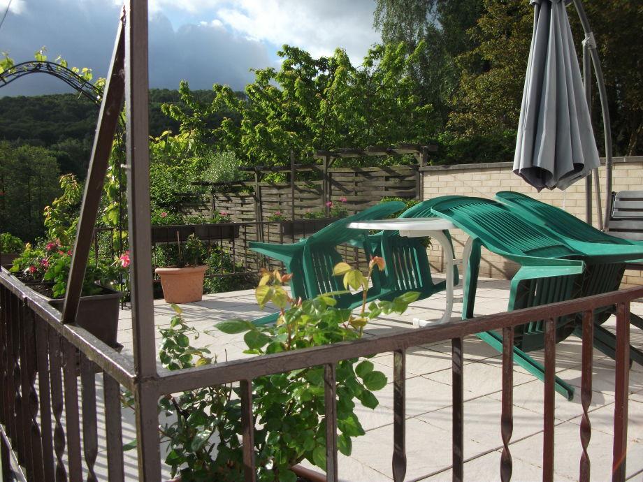 Terrasse mit Blick in die Ferne