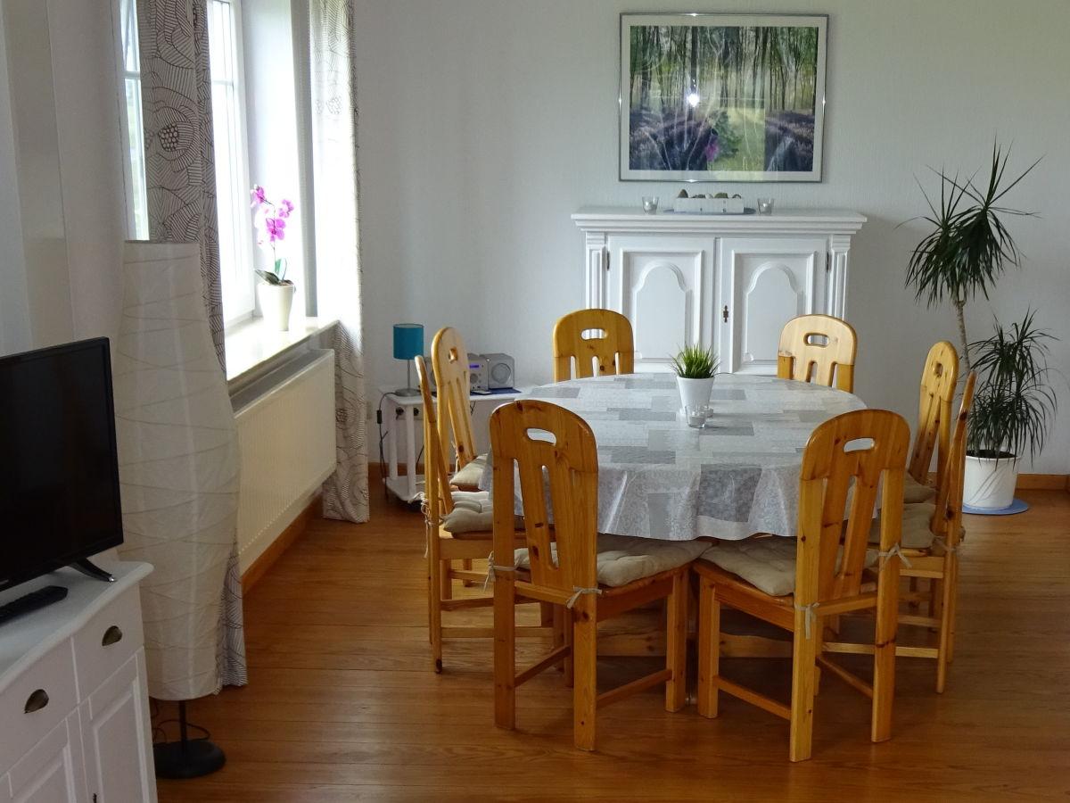 Ferienhaus norderhof hansen nordstrand frau bleike schulte for Wohn und esszimmer