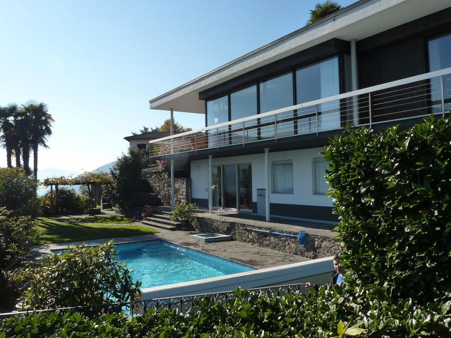 Haus mit Schwimmbad