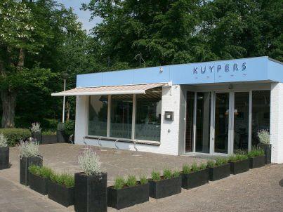 Ihr Gastgeber L. Kuypers