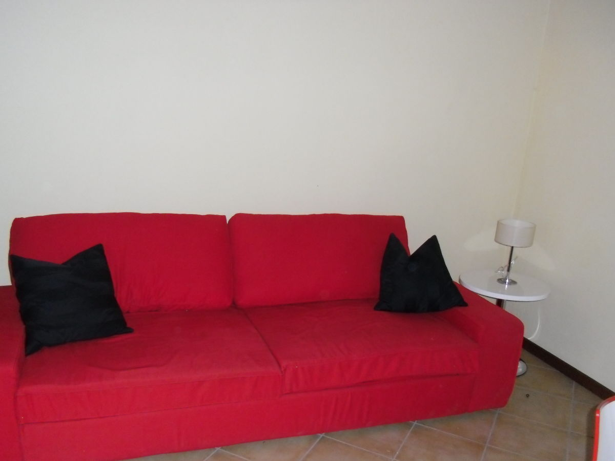 ferienwohnung casa gert gardasee peschiera del garda firma raffilago a m p tz frau. Black Bedroom Furniture Sets. Home Design Ideas