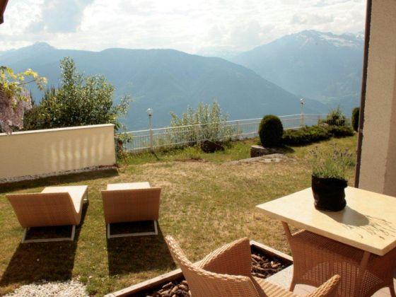 ferienwohnung panorama apartment s dtirol g nter. Black Bedroom Furniture Sets. Home Design Ideas