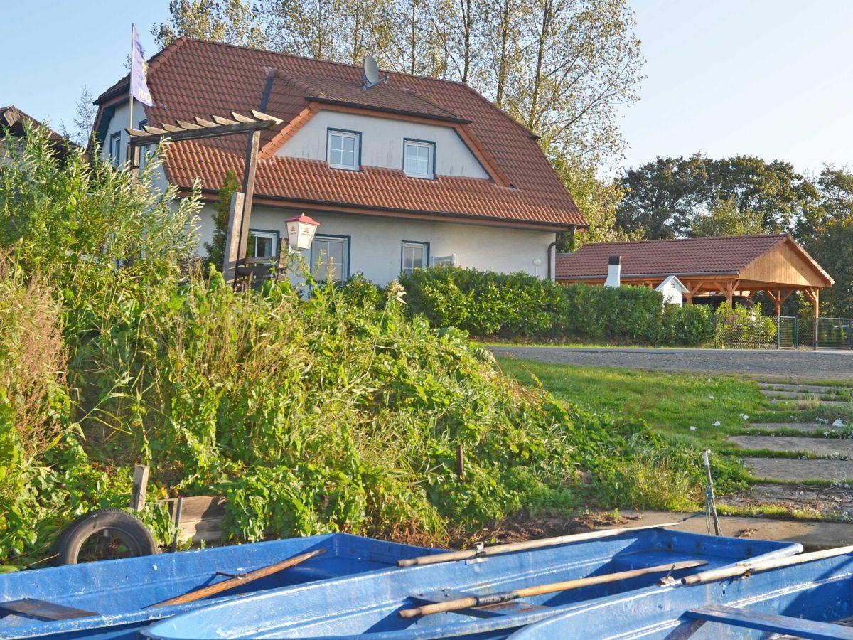 Ferienwohnung 2 im haus am see f 551 r gen sellin firma for Haus am sudstrand sellin