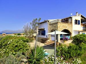 Ferienhaus Sa Punta Llarga in 1. Meereslinie | ID 44257