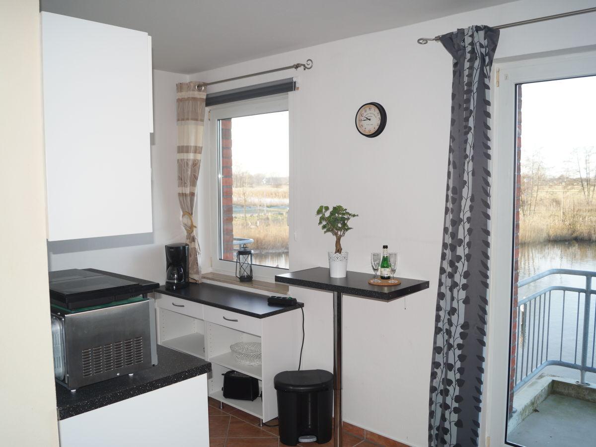 ferienwohnung am strand ueckerm nde firma ferienwohnungen am strand familie vera bachmann. Black Bedroom Furniture Sets. Home Design Ideas