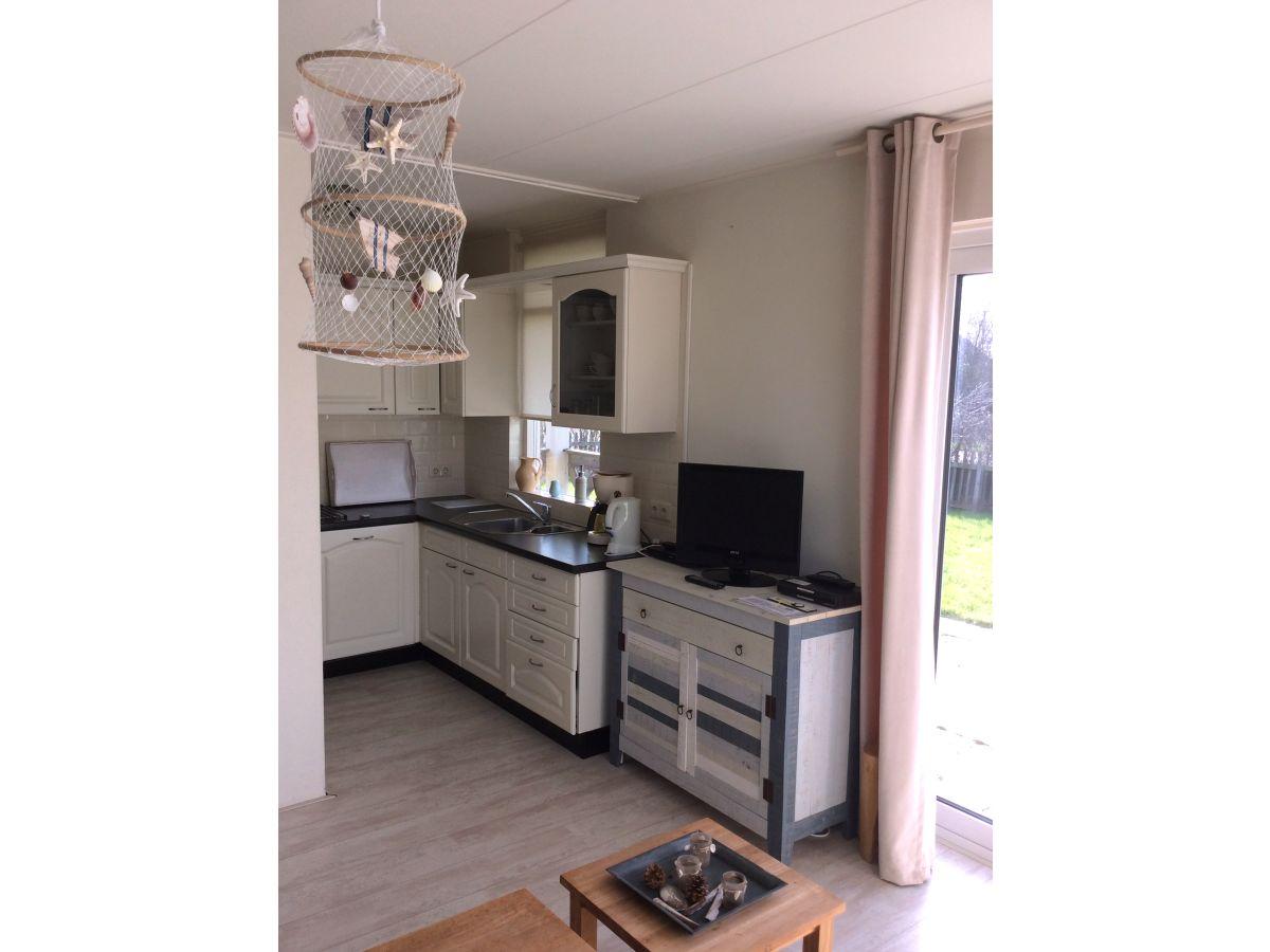 Ferienwohnung aveline nord holland julianadorp firma for Esstisch 90x200