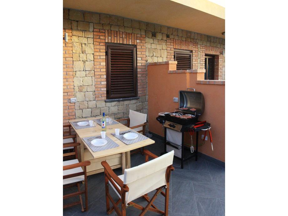 Terrasse und Barbecue
