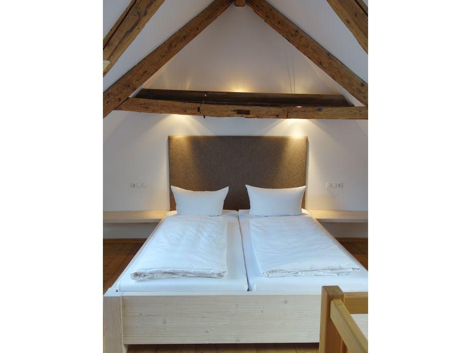Sitzen Unterm Dach Schlafzimmer ~ Haus Design, Möbel Ideen und Innenarchitektur