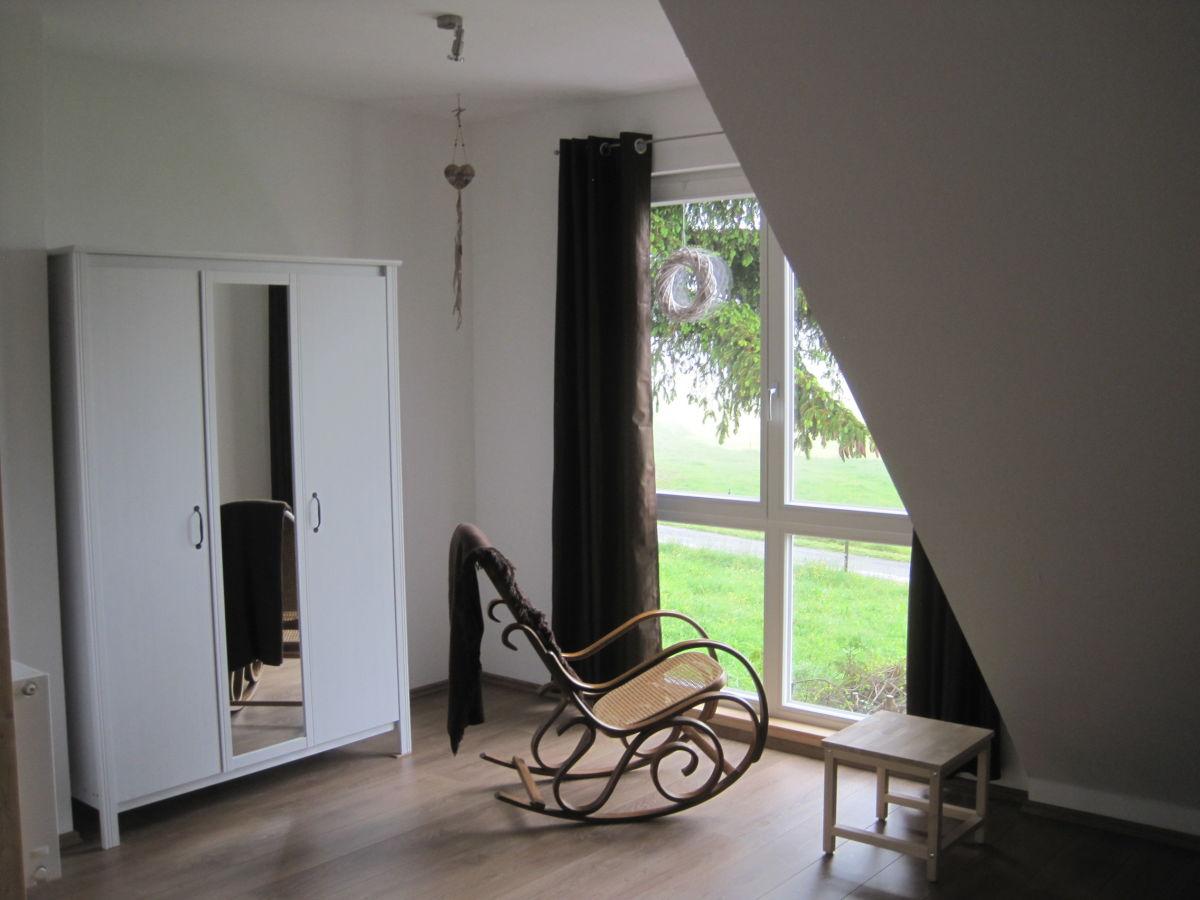 ferienwohnung rh nhaus rh n herr georg heller. Black Bedroom Furniture Sets. Home Design Ideas