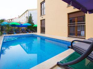 Ferienwohnung Patricia A4 mit Pool