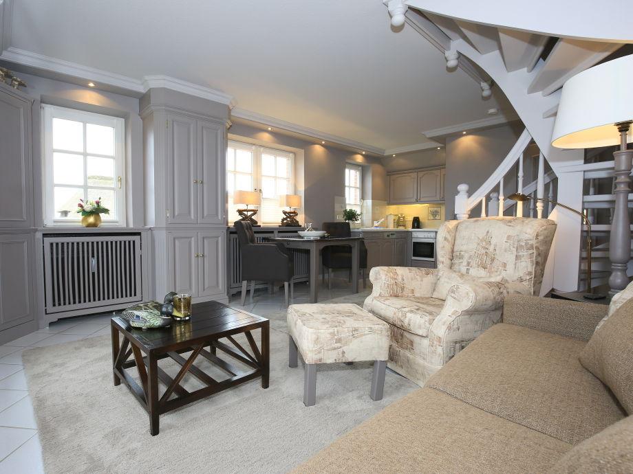 Blick vom Sofa auf das gemütliche Ambiente