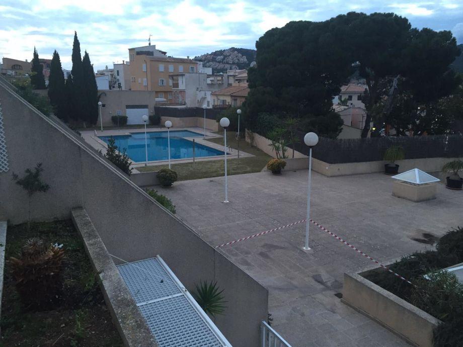 Pool- und Terrassenbereich
