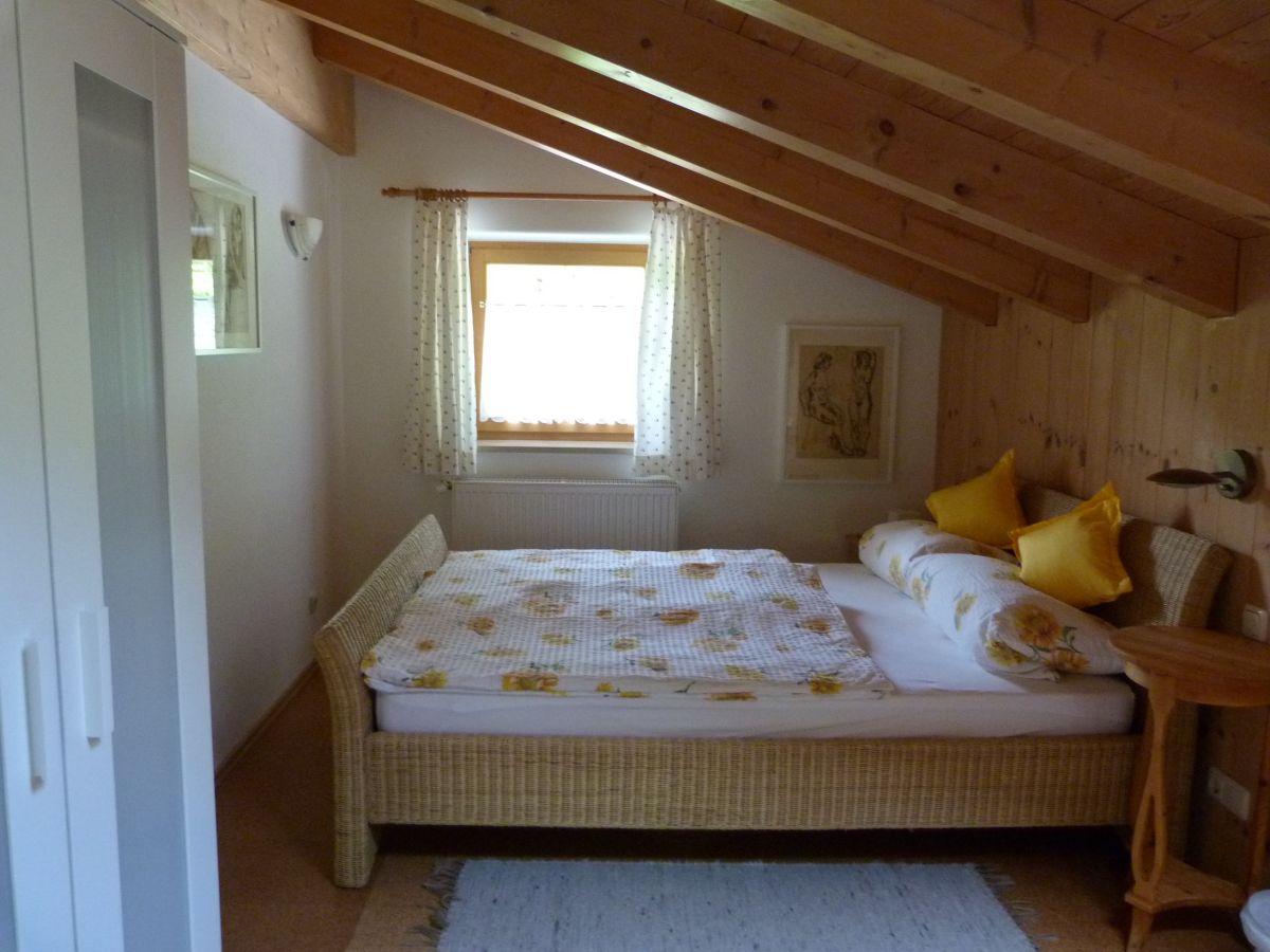 Ferienwohnung vorderbrand 34 berchtesgaden frau barbara for Kingsize bett
