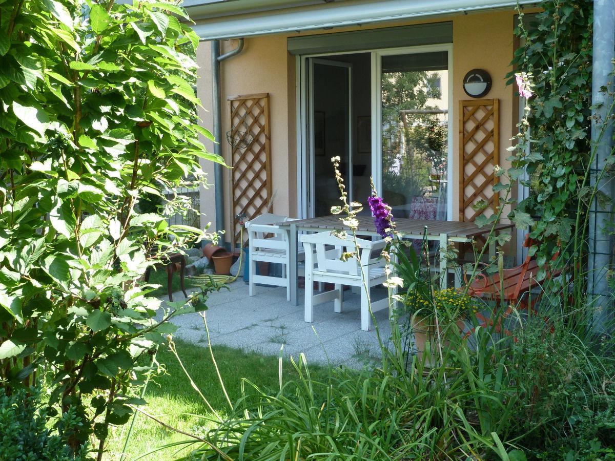 ferienwohnung bella rosa schwarzwald freiburg im breisgau herr reinhard strempel. Black Bedroom Furniture Sets. Home Design Ideas