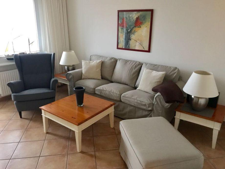 Neuer Sofa im Wohnzimmer