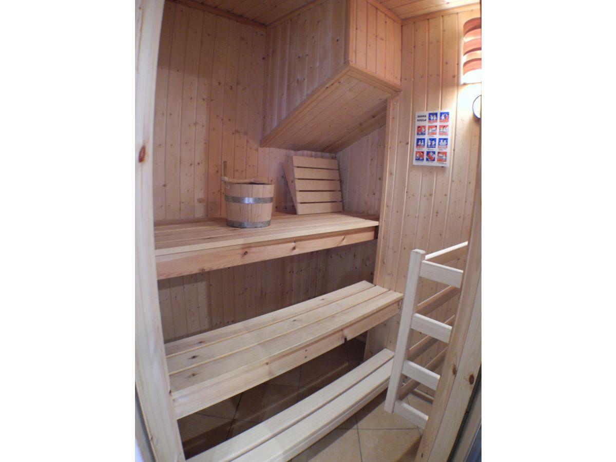 ferienhaus strandoase ostsee baabe firma fewo meer. Black Bedroom Furniture Sets. Home Design Ideas