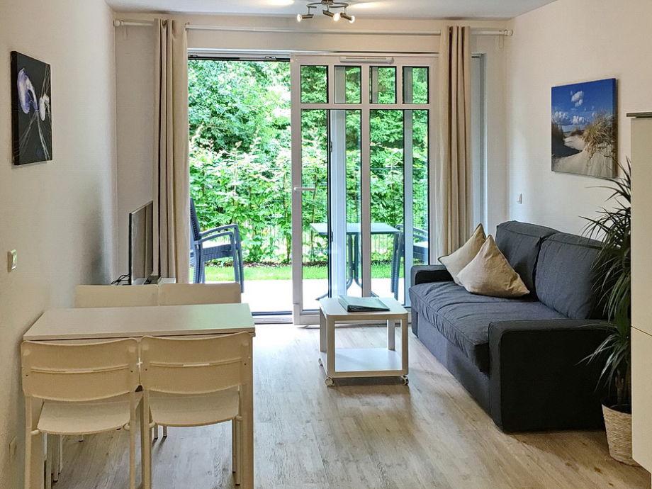 Wohn- und Essbereich mit Zugang Terrasse