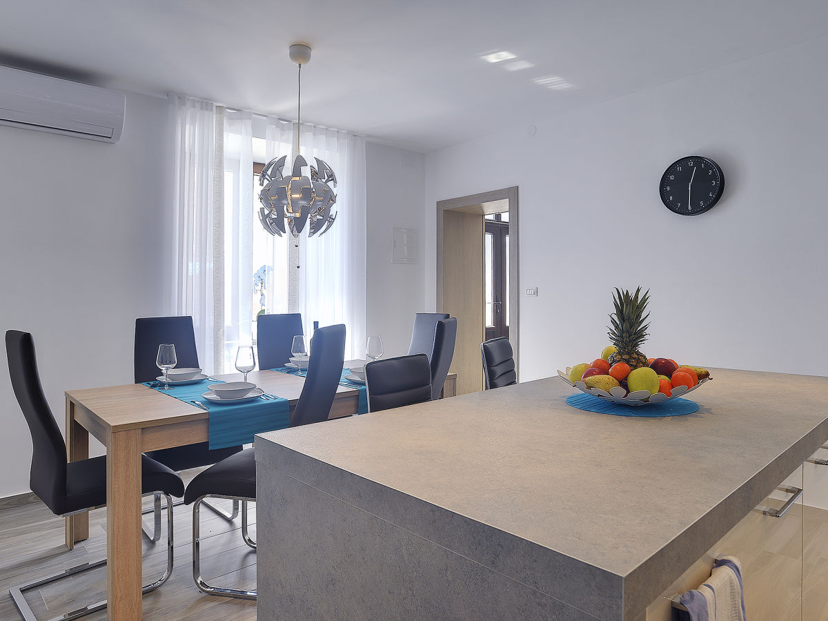 ferienhaus casa miceli li njan istrien firma tourist. Black Bedroom Furniture Sets. Home Design Ideas
